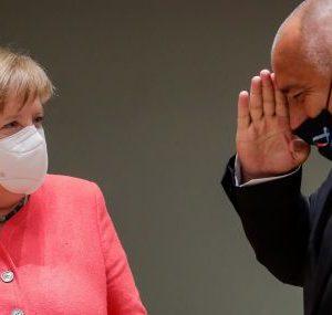 Борисов говори по телефона с Меркел