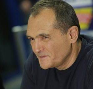 Домашен арест за шефа на охраната на Божков