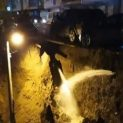 Дълбока пропаст в София погълна стълб, коли висят на ръба (СНИМКИ)