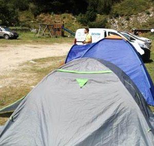 Дърво уби чехкиня в палатка край Рилския манастир