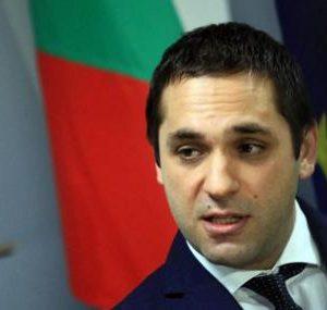 Емил Караниколов: Трябва да оставим екипа на Гешев да се бори с