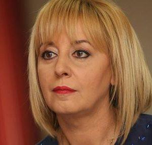 Манолова: Протести до оставката!