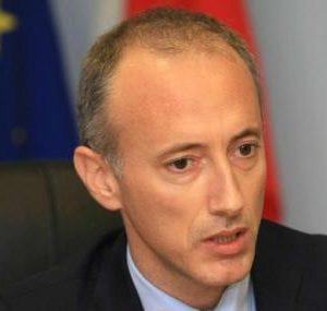 Министър Вълчев: Празникът ни води през трудности