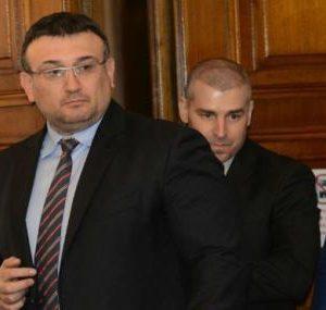 Министър Маринов няма да приеме оставката на шефа на полицията в Бургас