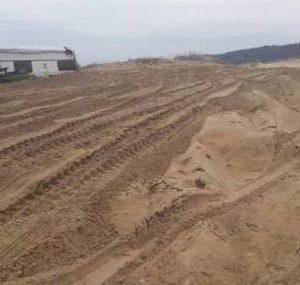 Половин декар са унищожените дюни на плажа в Ахтопол