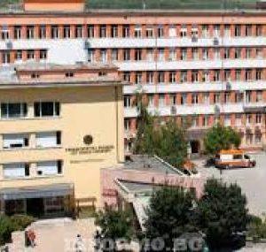 Прокурорът, ударил охранител в болница, остава на свобода