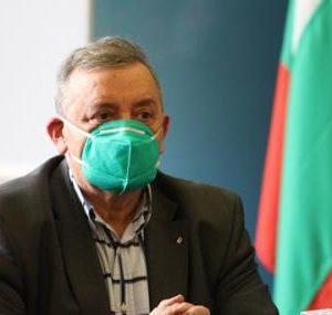 Проф. Кантарджиев: До седмица заразените ще спаднат