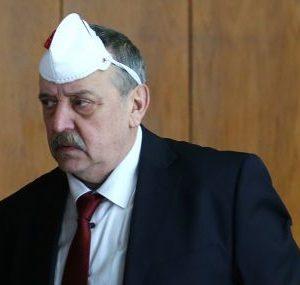 Проф. Кантарджиев съветва какви маски да носим срещу COVID-19 и как