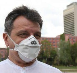 Симидчиев: Ако носехме маски, нямаше да има нужда от друго