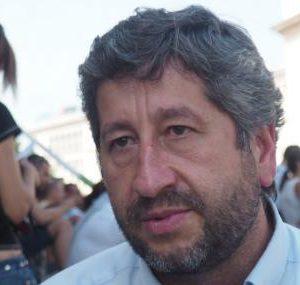 Христо Иванов: Борисов не подава оставка заради обещания към Пеевски и Путин