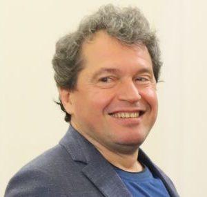 Тошко Йорданов атакува ДПС и Кирил Петков