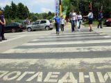 Шофьорка помете пиян пешеходец в Лом